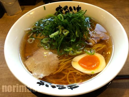 まるいちらぁめん 東舞鶴店 - うどん出汁のようなスープ