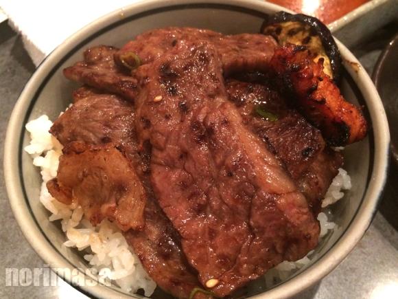 きた里 - 贅沢な焼肉丼に