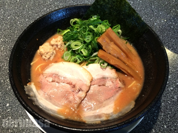 山勝麺三 - ドロドロ感のあるラーメン
