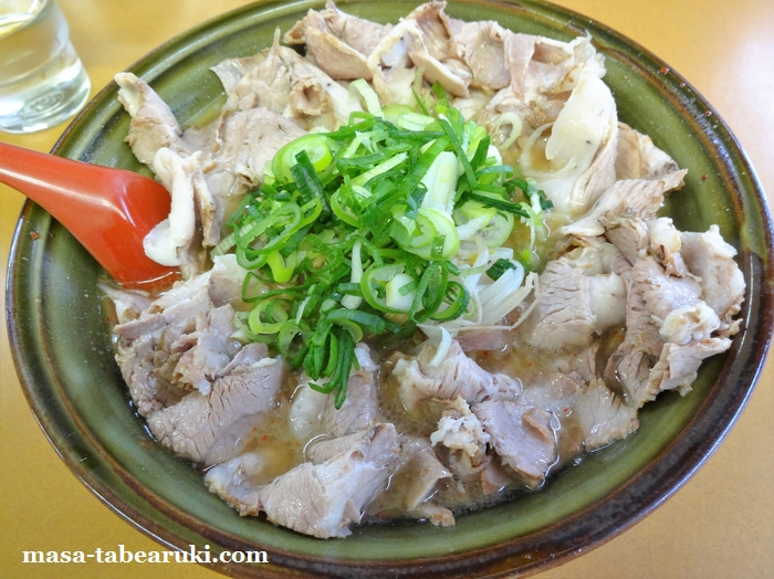 元祖 ラーメン大栄 - 食べ応えと満足感のあるチャーシューメン
