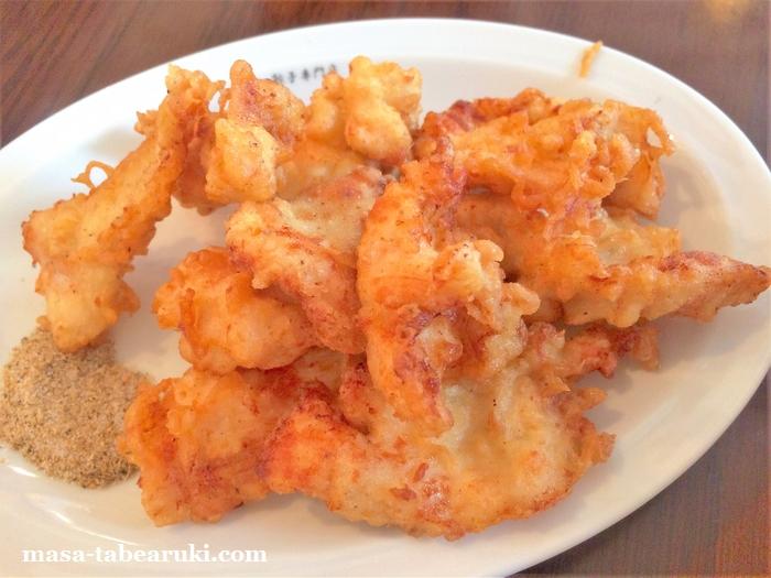 餃子専門店 福吉 - 食べやすく味付けしっかりのトリ天