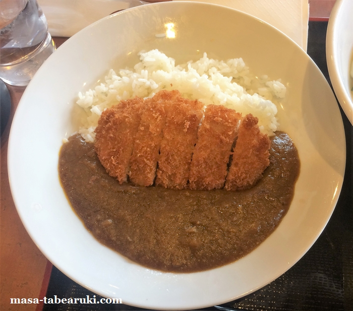 得得 伏見竹田店 - うどん店のカツカレー