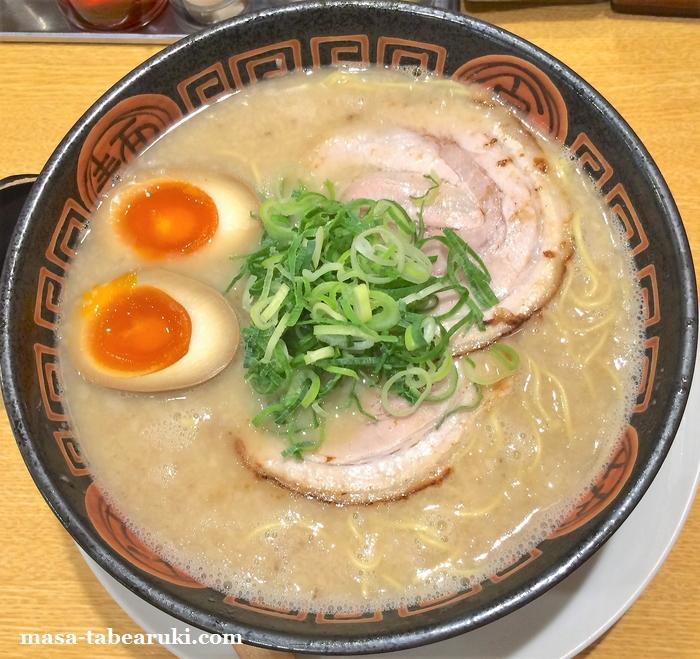 博多長浜ラーメン夢街道 土橋店 - 大盛麺でも面白い