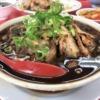 """新福菜館 伏見店 """"京都ブラック""""は安定・安心の味。チャーシューを食べたい時は「肉"""